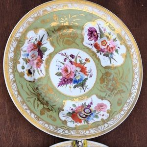 "Set of 2 9"" Vintage Dinner Plates Floral Gold"